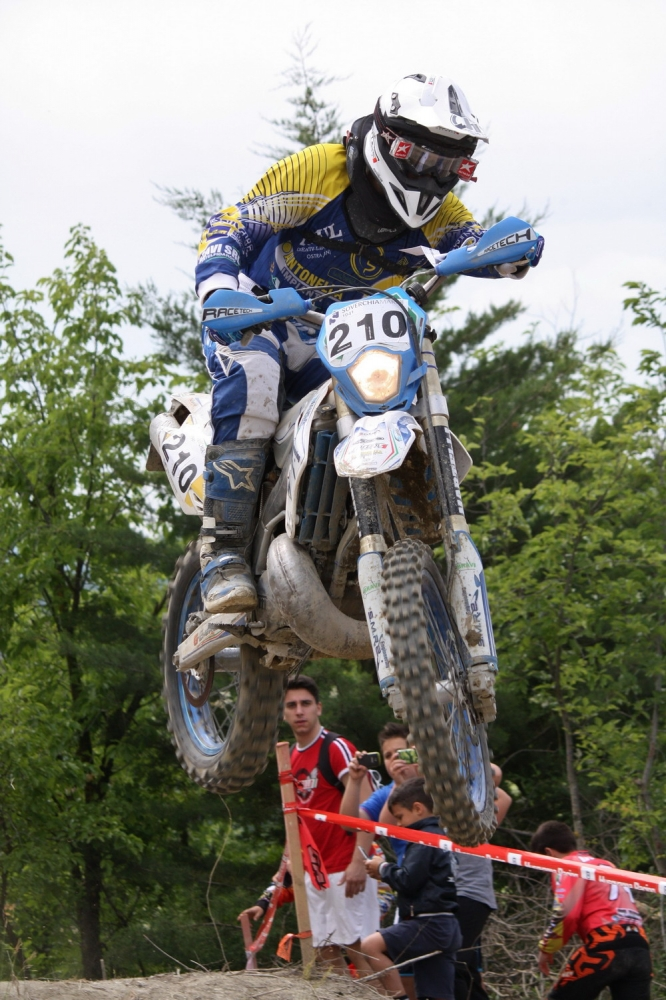Sant 39 angelo in vado enduro marche umbria for Marini arredamenti sant angelo in vado